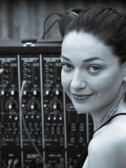 Dr Eve Klein